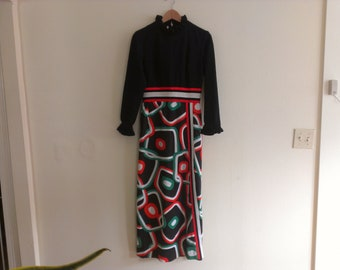 70s vintage women's medium funky polyester maxi dress, has some spots - view last pic
