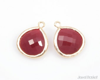 2pcs - Jet Nut Red Color and Gold Framed Glass Pendent / jet nut / red / wine / burgundy / 16k gold plated / glass / 15 x 18mm, / SJNG007-P