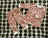 Baby Girls 3-6 month two piece outfit. Pink and white flowers -Ready to ship- (Londin Lux Brand)