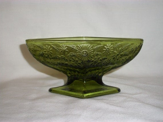 Pressed Glass VINTAGE GREEN DIAMOND Shaped Footed Bowl
