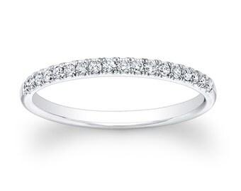 Ladies Platinum diamond wedding band 0.20 ctw G-VS2 quality