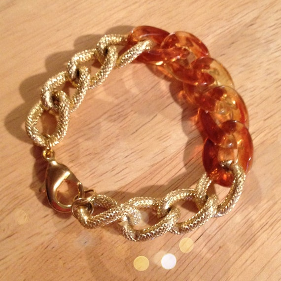 The SYDNEY Bracelet - Small Gold Textured Copper Plated Chain Linked With A Tortoise Colored  Resin Chain