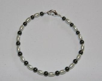 Hematite and Pearl bracelet