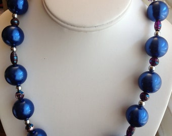 Large Sapphire Pearl Necklace.