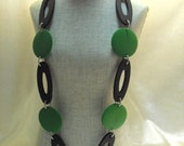 Green and Deep Brown wooden beads necklace, fashion jewelry, jewelry, Metal chain