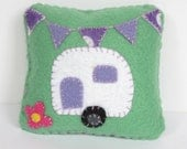 Pincushion - Retro Felt Caravan and Bunting