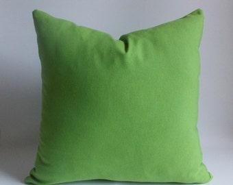 Green pillow,Decorative pillow,Throw pillow,Pillow cover 18'' x 18'' (45 cm x 45 cm) Cotton Canvas Blanded