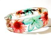 Bangle Bracelet. Turquoise and Pink Real Flower Resin Bangle Bracelet: Cottonwood
