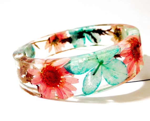 Bangle Bracelet. Turquoise and Pink Real Flower Resin Bangle Bracelet: Cottonwood