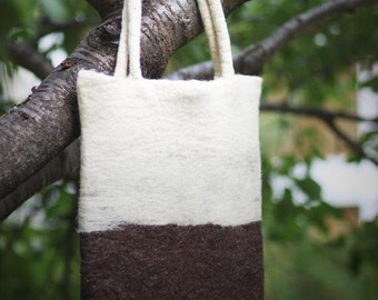 Felt wool tote bag in brown and off-white