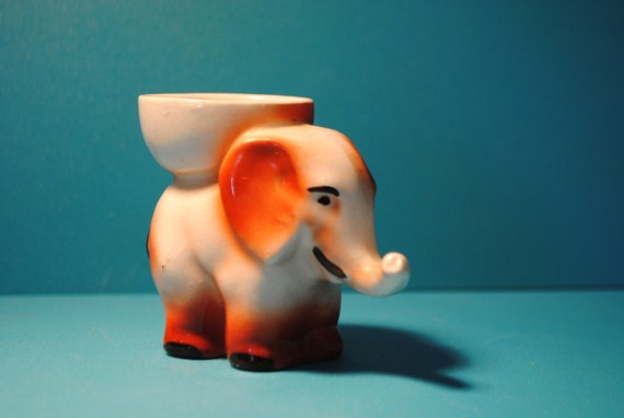 1930s ELEPHANT egg cup made in england charming and sweet perfect for breakfast, a nice cuppa tea, some toast  and a soft boiled egg
