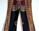 VTG. 70's Women's Hippie Boho Tribal African Fabric Hip Hugger/Bell Bottom Flare Pants (S-M)