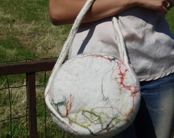 Handfelted purse, handbag, fine natural white merinowool with silk fibres and zipper in the colours of autumn.