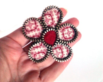 Dark red zipper brooch. Felt and fabric accessorie. Beautiful and Sweet gift for her.