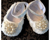 Baby Girl Ivory Satin Rosette Crib Shoes ,Baby Shoes,Christening, Baptism, Wedding, baby girl, baby flower.shoes Ready to ship