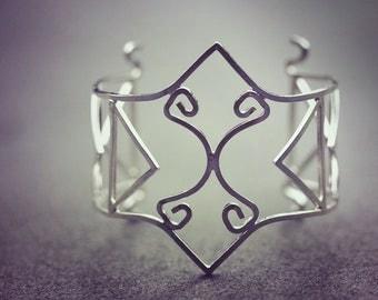 Polynesian Jewelry hand-forged silver bracelet