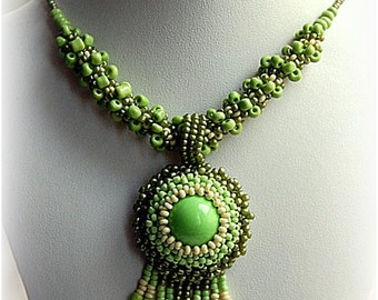 SALE! 10% OFF! Green Statement Beadwoven Sead Bead Pendant Necklace, Women's Beaded Fashion Jewelry, Beadwork Accessory, Gift for Her, OOAK