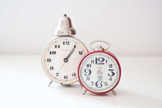 Vintage soviet mechanical alarm clocks - set of 2