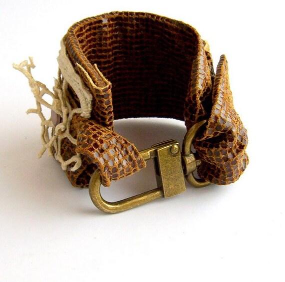 Handmade jewelry, bracelet leather, bracelet cuff, bracelet brass clasp, swivel clasps, RESERVATION