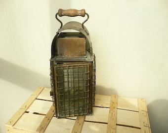 Vintage Brass Junk Light Ship Lantern - Great Condition 1923