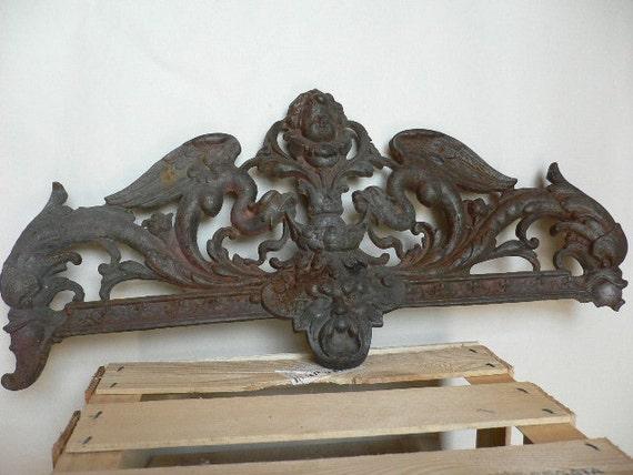 Salvage Ornamental Vintage Cast Iron