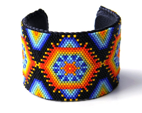 Huichol inspired colorful beaded peyote  bracelet  - multicolor peyote cuff, Native American