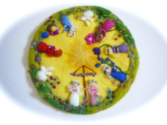 Reserved for klugiliani Spring circle, Picture,tapestry,Wall hanging,Wet felted,Needle Felted. Waldorf