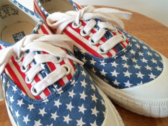Vintage Funky Stars and Stripes Keds Shoes size 6