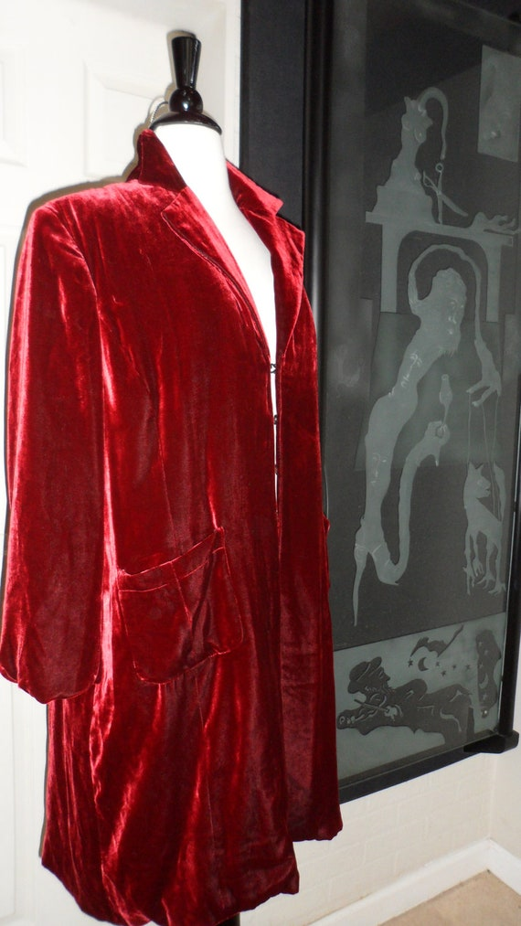 norm thompson vampire red velvet look coat  dress or  jacket  size l -xl  you decide from classic steampunk to vampire u decide medium to xl