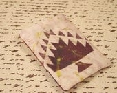 Quilt pattern stenciled pin brooch. Clearance