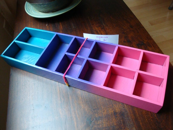 """Great for Jewelry Hand-painted """"organizer"""" box, sweet little tray for your desk, dresser, bathroom OOAK hair clips, make-up, nail-polish"""
