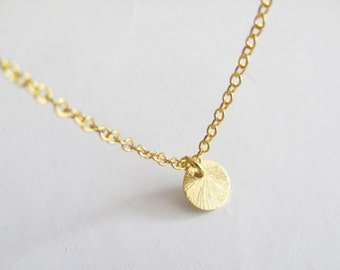 Textured Gold Disc Necklace, Coin Necklace, Simple Necklace, Gold Coin Necklace, Bridesmaid Necklace, Dainty Necklace
