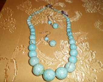 Howlite Turquoise Necklace Set