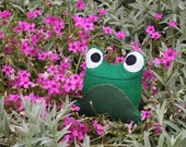 Small Felt Frog Pin Cushion/Plush Toy