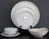 MID CENTURY MODERN 6 Piece Russel Wright American Modern Place Setting in Granite Gray - 2 Available