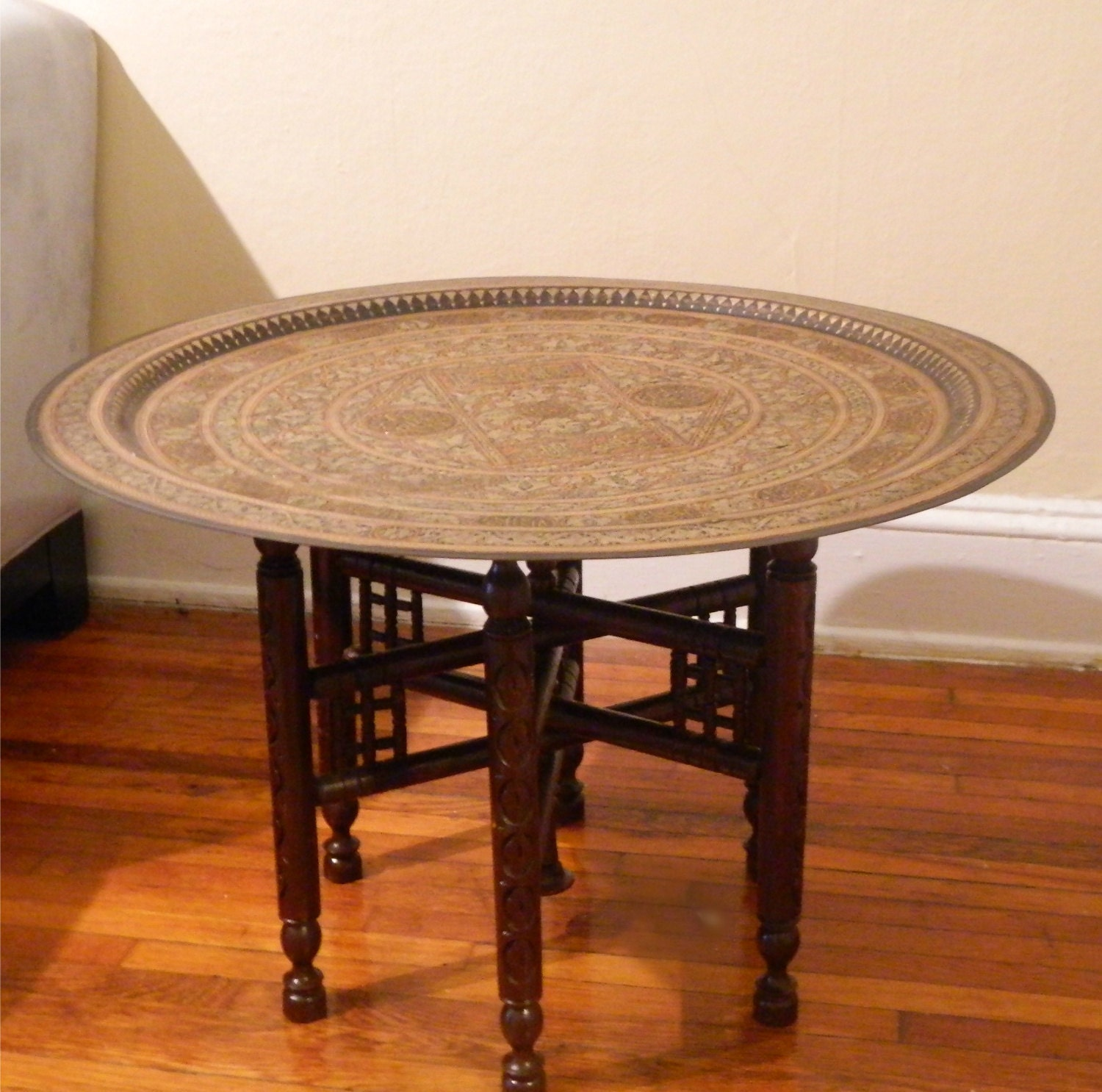 Etsy Round Coffee Tables: Sale: Round Moroccan Hammered Brass Tray Table