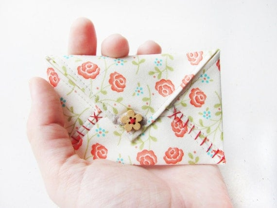 Credit card holder fabric envelope - business card holder card case - little gift floral flowers red green polka dot lovely gift Cute gift