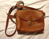 RESERVED 1980s authentic COACH cross-body bag