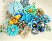Vintage Flower Brooch Bouquet LOT/ BLUES /