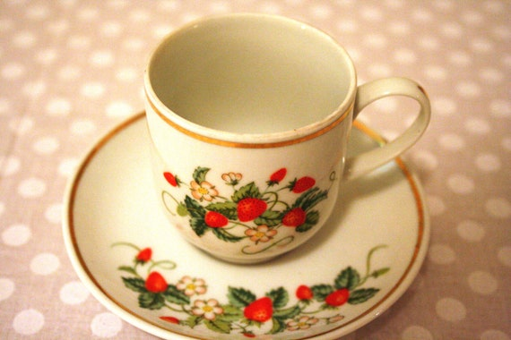 Vintage Avon Strawberry Tea Cup and Saucer Set