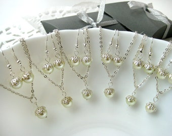 Set of 5 Bridesmaid Pearl Necklace and Earring Sets, Pearl Bridesmaid Sets,Bridesmaid Gift Set