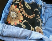 Highwaisted Tapestry Shorts