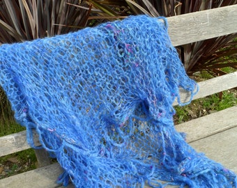 Superb mohair and other fibres shawl