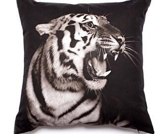 Decorative Throw Pillow Tiger