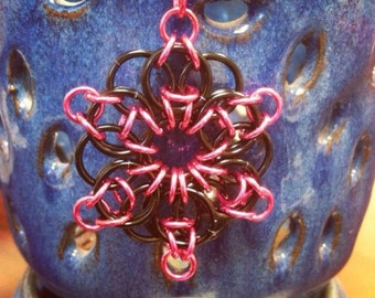 Celtic Visions Star, key chain/pendant/ornament, chainmaille