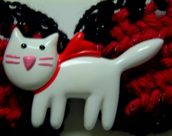 Kitty Cat Sparkle:  Red Kitty Closure Pin on a Red and Black Crocheted Belt