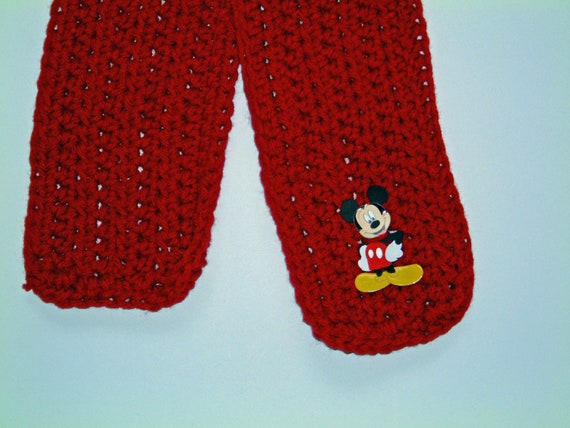 Mickey Mouse -- Himself  --  A Little Scarf for Minnie's Boyfriend