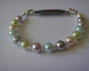Garden Pearl medical bracelet