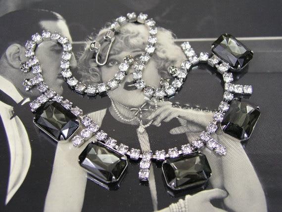 VINTAGE SMOKY TOPAZ color rhinestone necklace