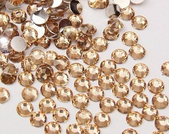 3mm 1000 pieces Round Flat Back 14 facet cut Rhinestones  ----  champagne